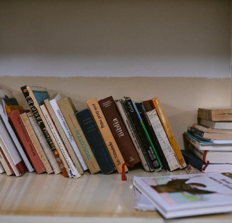 Knižnica,