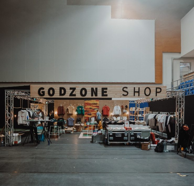 Godzone shop na Godzone konferencii